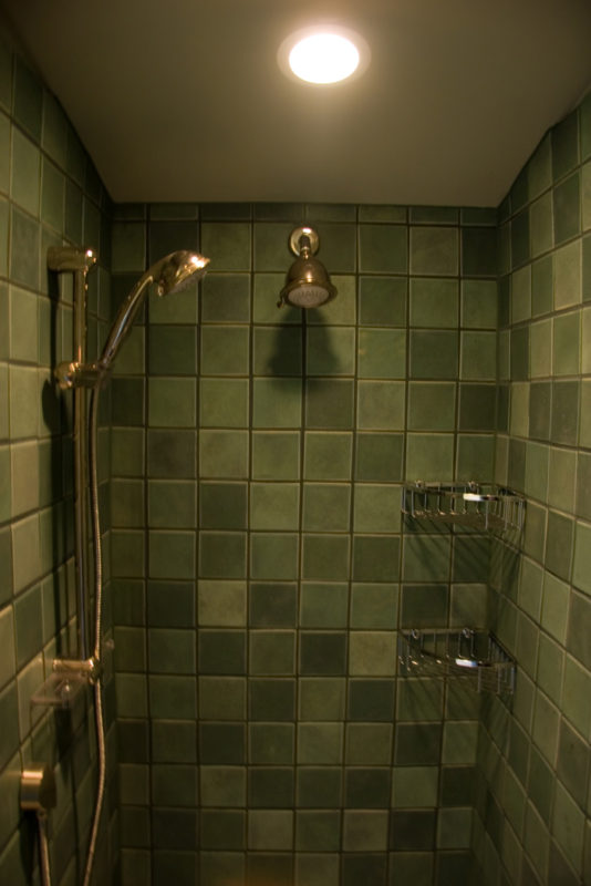 Shower Tile & Hardware