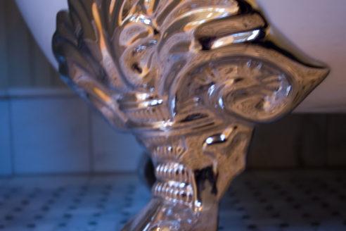 Tub Detail