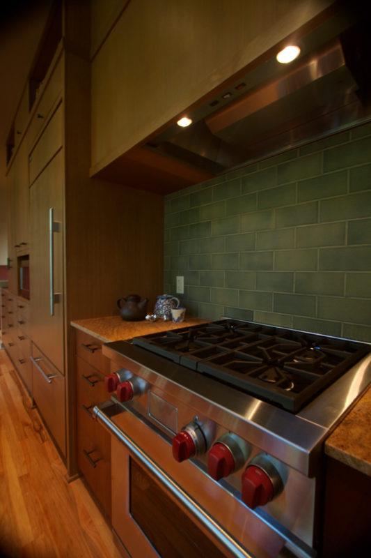 Stove Backsplash Tile, Hood & Cabinetry